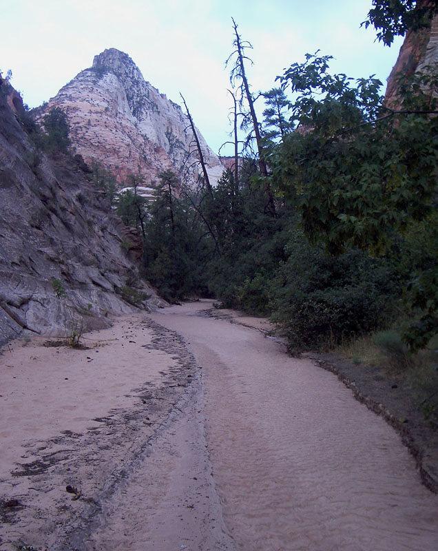 Flat walking in Upper Pine Creek