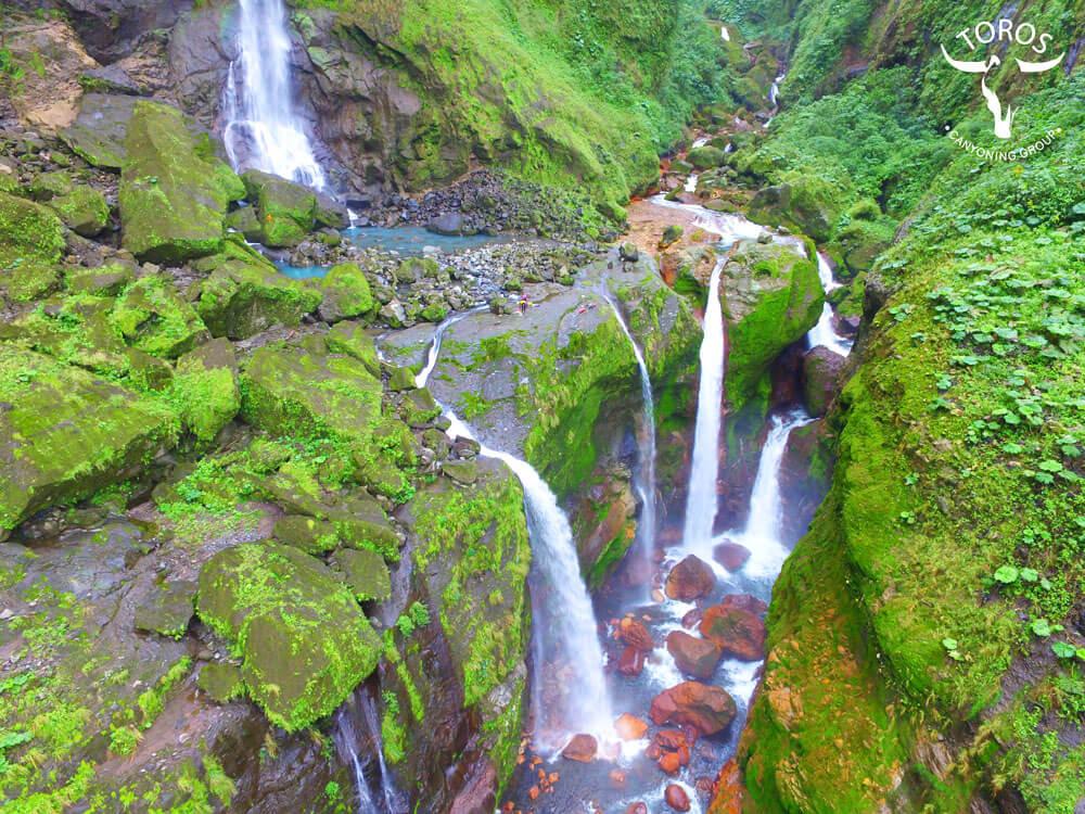 Five Waterfalls – drone photo Jean Paule Dinarte
