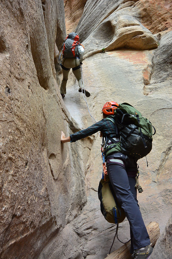 Downclimb, rappel or handline - choose wisely