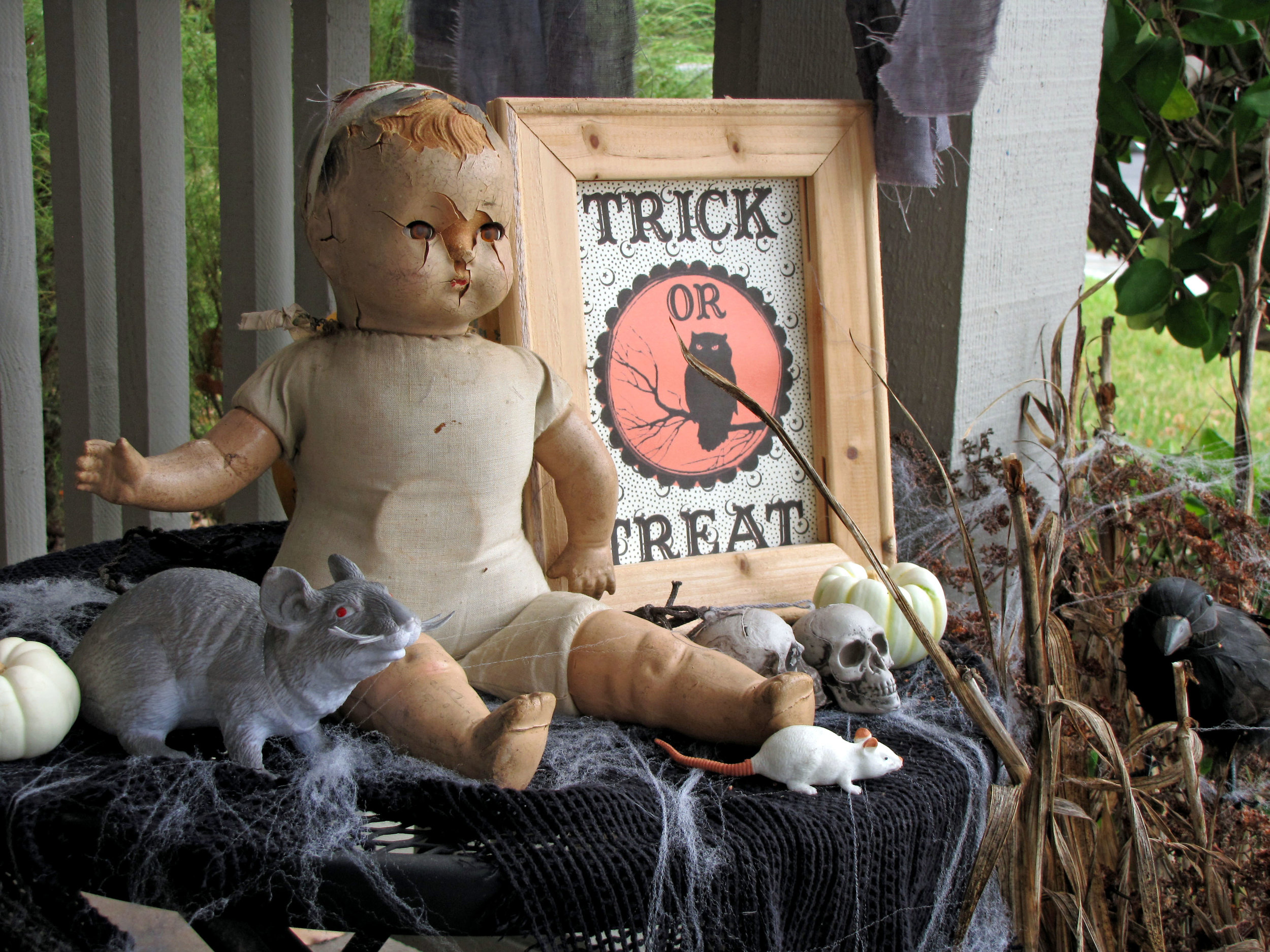 Creepy Halloween doll for scary designs