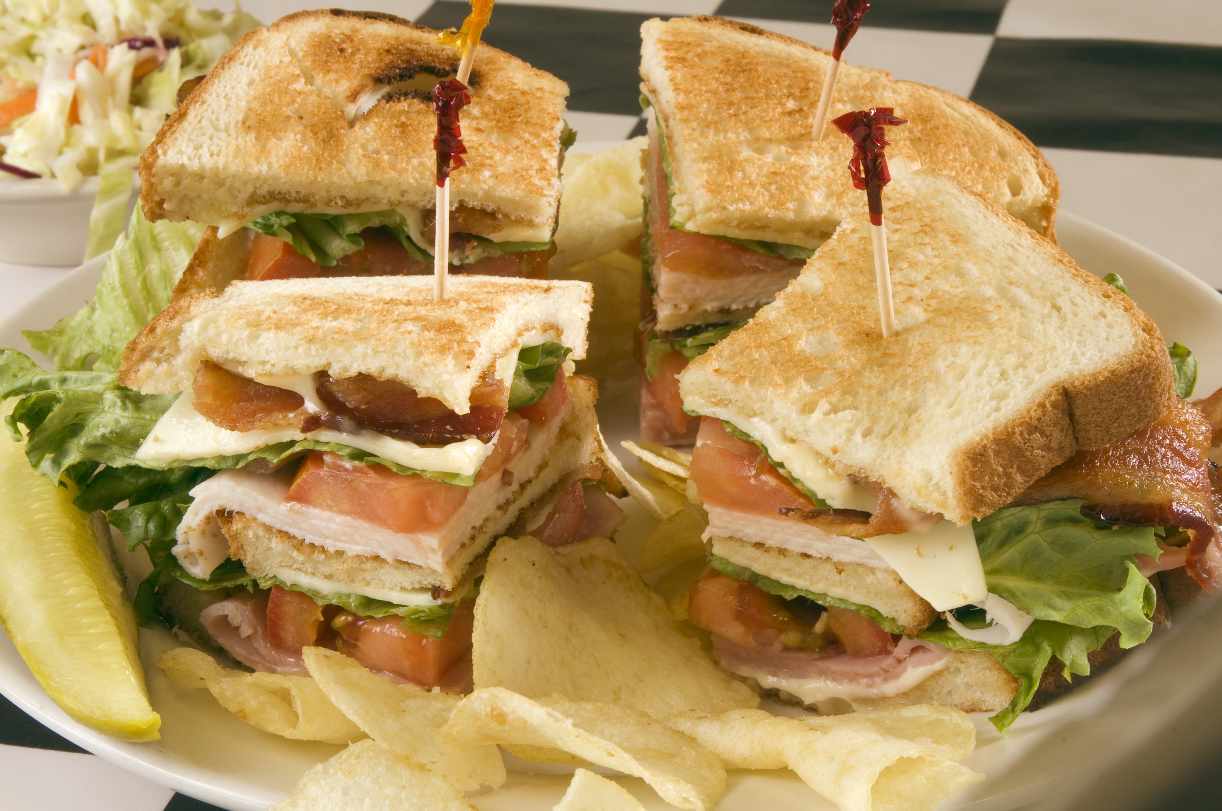 Plantation-cafe-and-Deli-Hilton-Head-Island-SC-Lunch.jpg