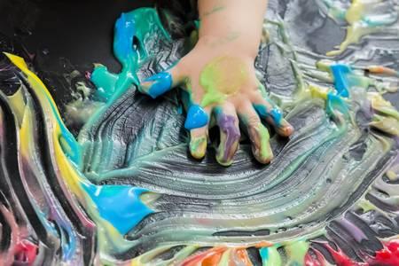 painting+hands.jpg