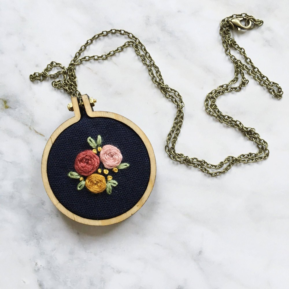 embroidery+hoop+necklace.jpg