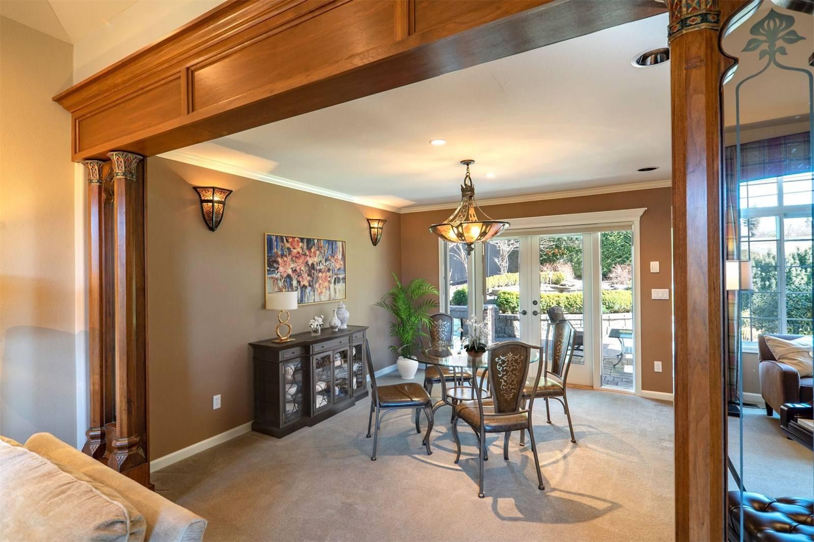 1624 108th Avenue Northeast, Bellevue - Helen Pederslie (3).jpg