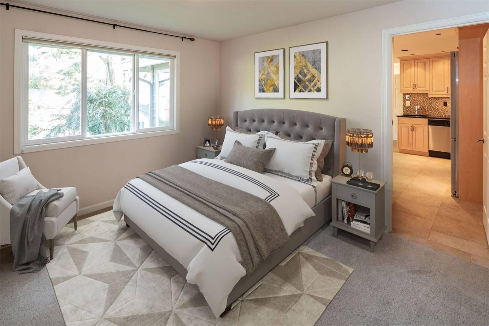 1624 108th Avenue Northeast, Bellevue - Helen Pederslie (18).jpg