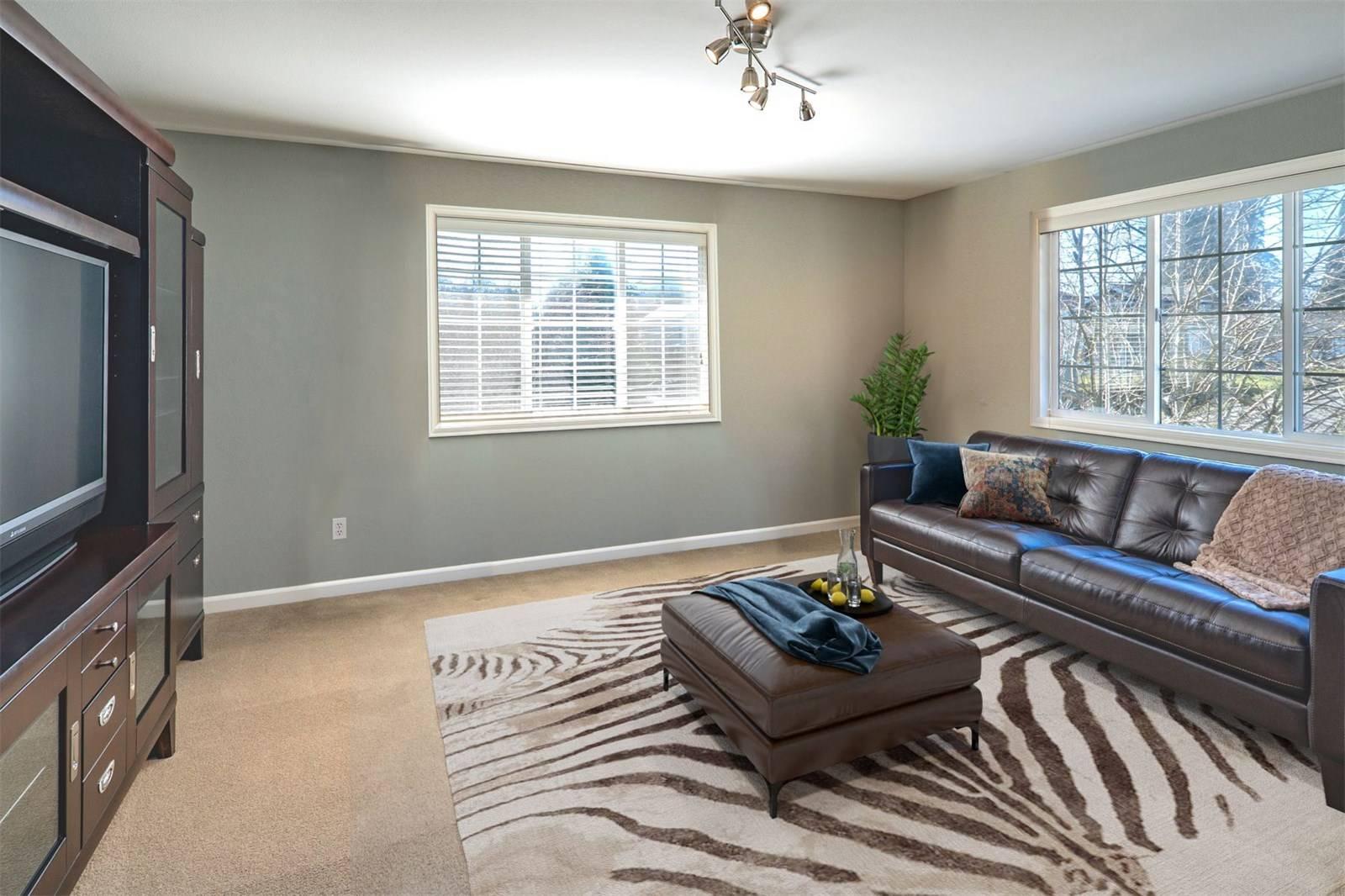 1624 108th Avenue Northeast, Bellevue - Helen Pederslie (19).jpg