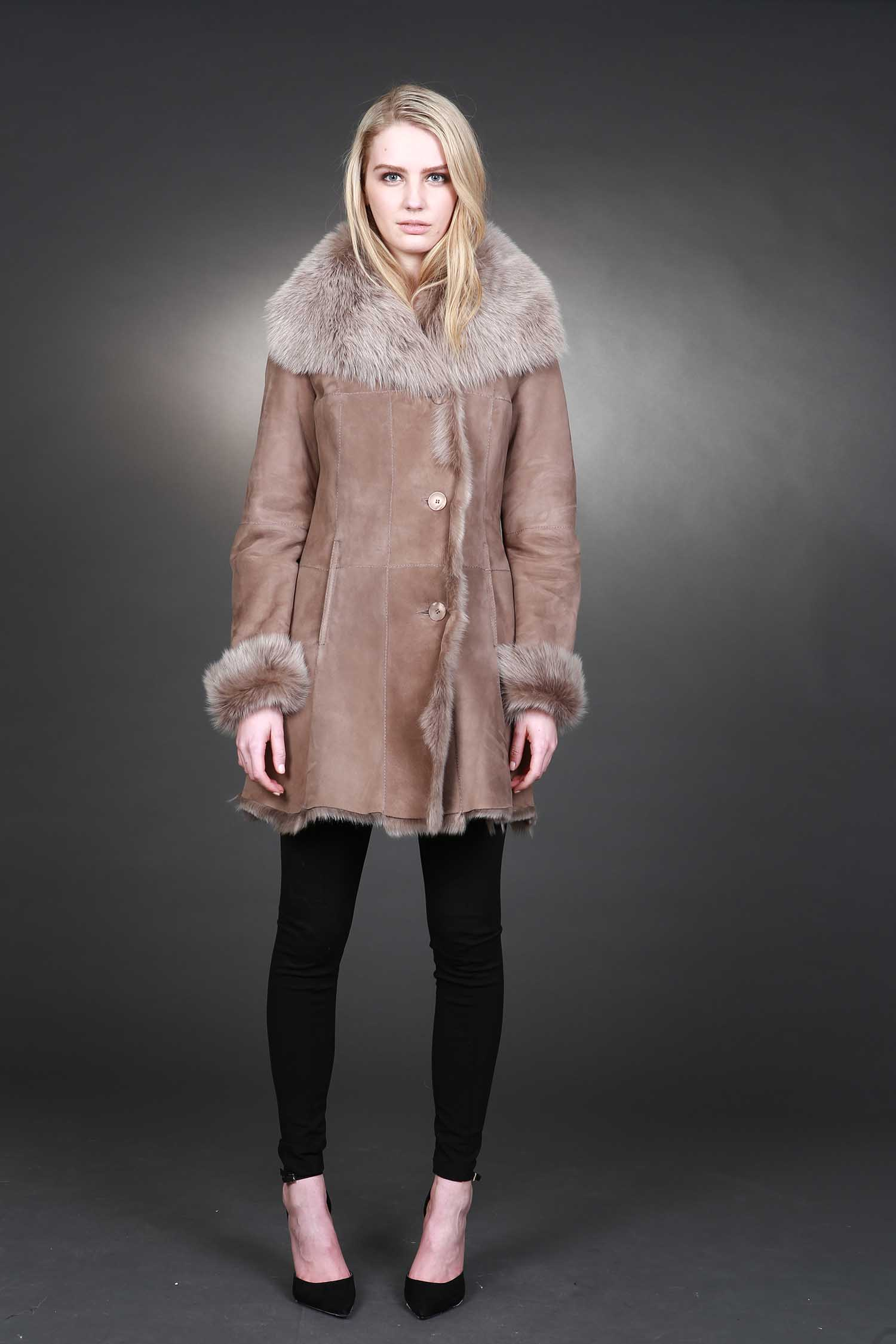 pat-flesher-furs-coat-beige-collar-women.jpg
