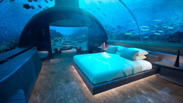 http___cdn.cnn.com_cnnnext_dam_assets_180418163431-conrad-maldives-rangali-island-underwater-villa--cmri-usv-bedroom.jpg