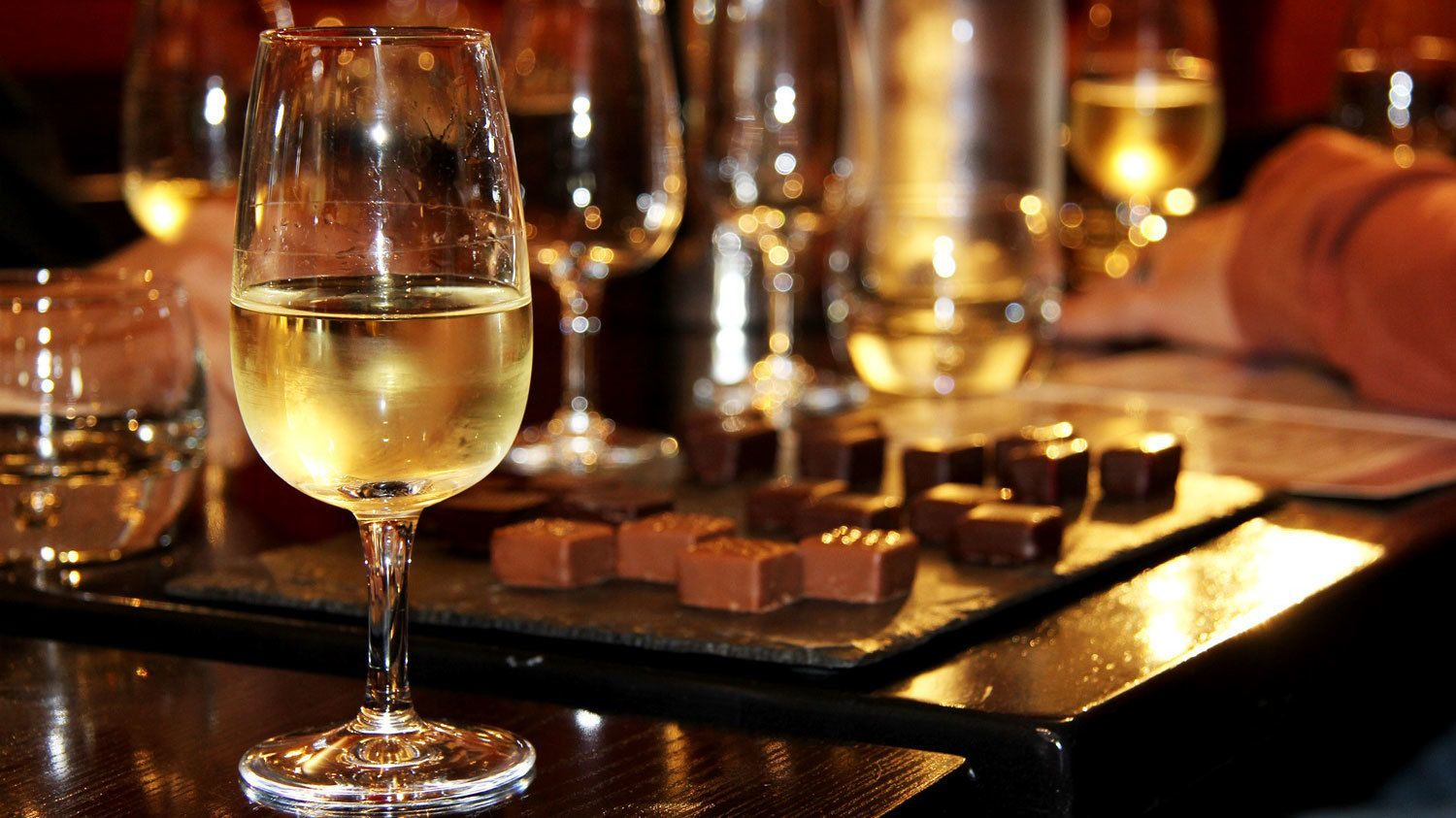 Chocolate-and-Wine-tasting-tour-in-France.jpg