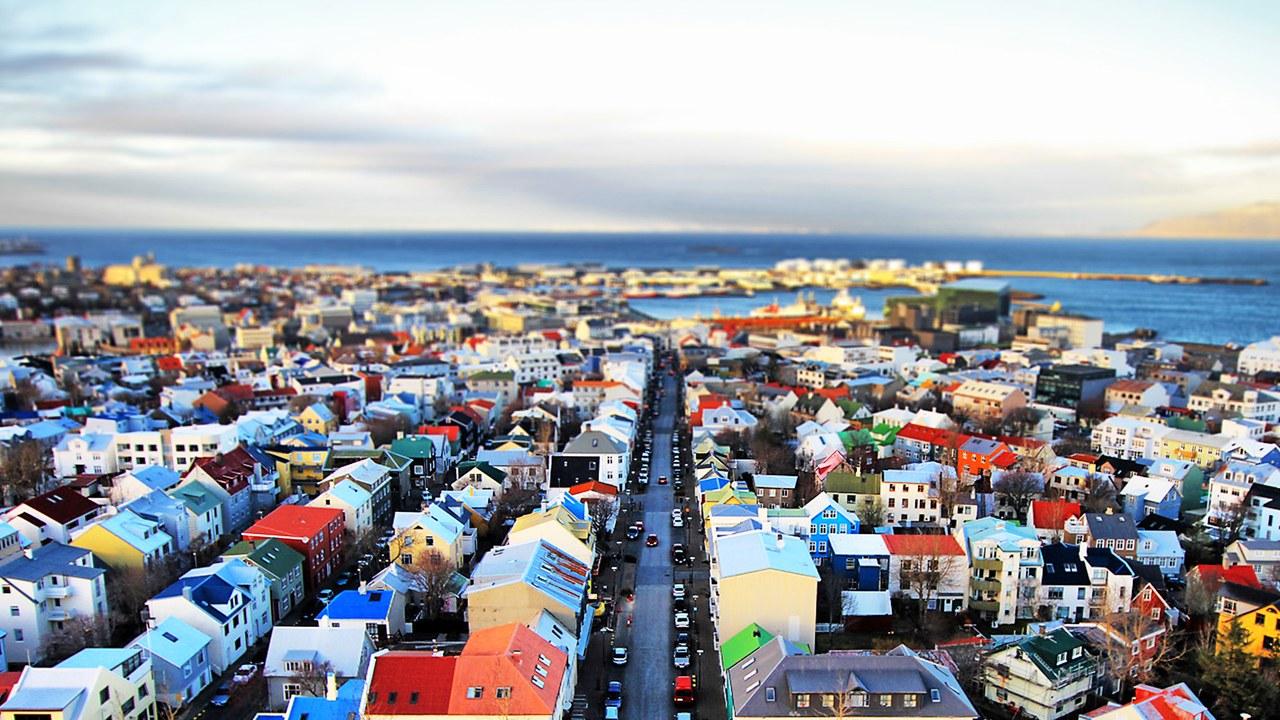 Reykjavik_004%2520L.%2520Toshio%2520Kishiyama_GettyImages.jpg
