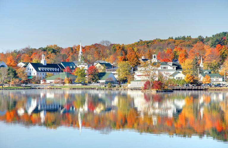 autumn-on-lake-winnipesaukee-royalty-free-image-183774204-1561395316.jpg