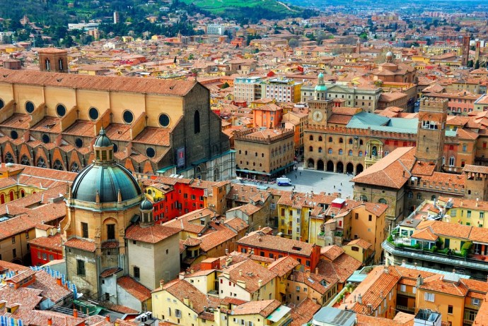 Italy-Bologna-view-from-Asinelli-tower..jpg