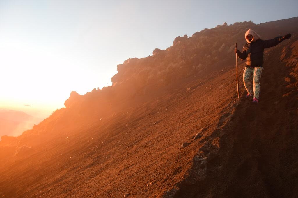 Am cucerit vulcanul Acatenango din Guatemala.JPG