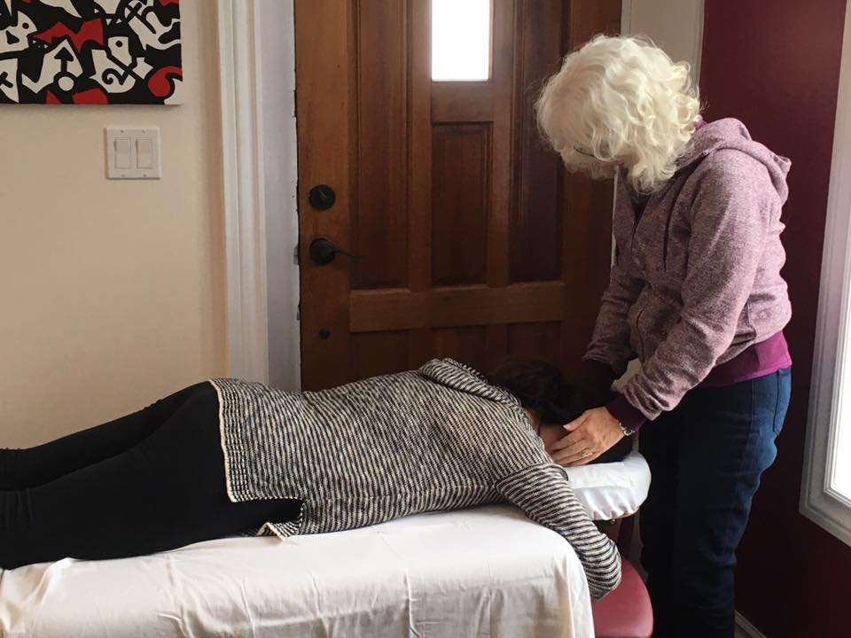 Reiki at Pathways to Serenity with Glenda