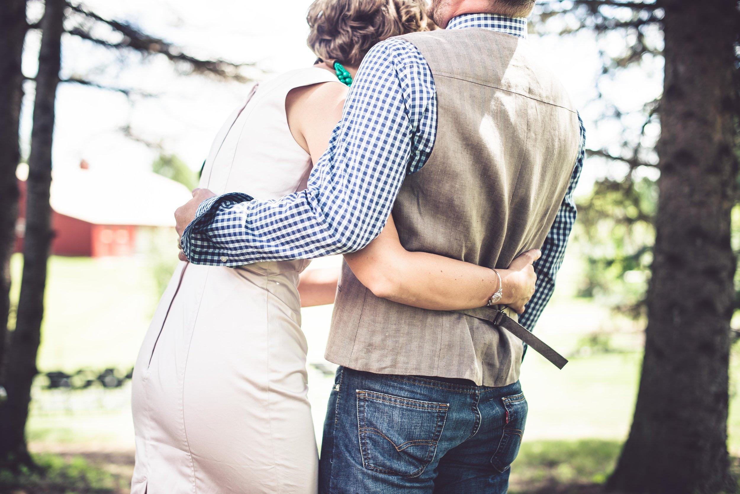 Michelle Wes Best Minnesota Barn Wedding-2539.jpg