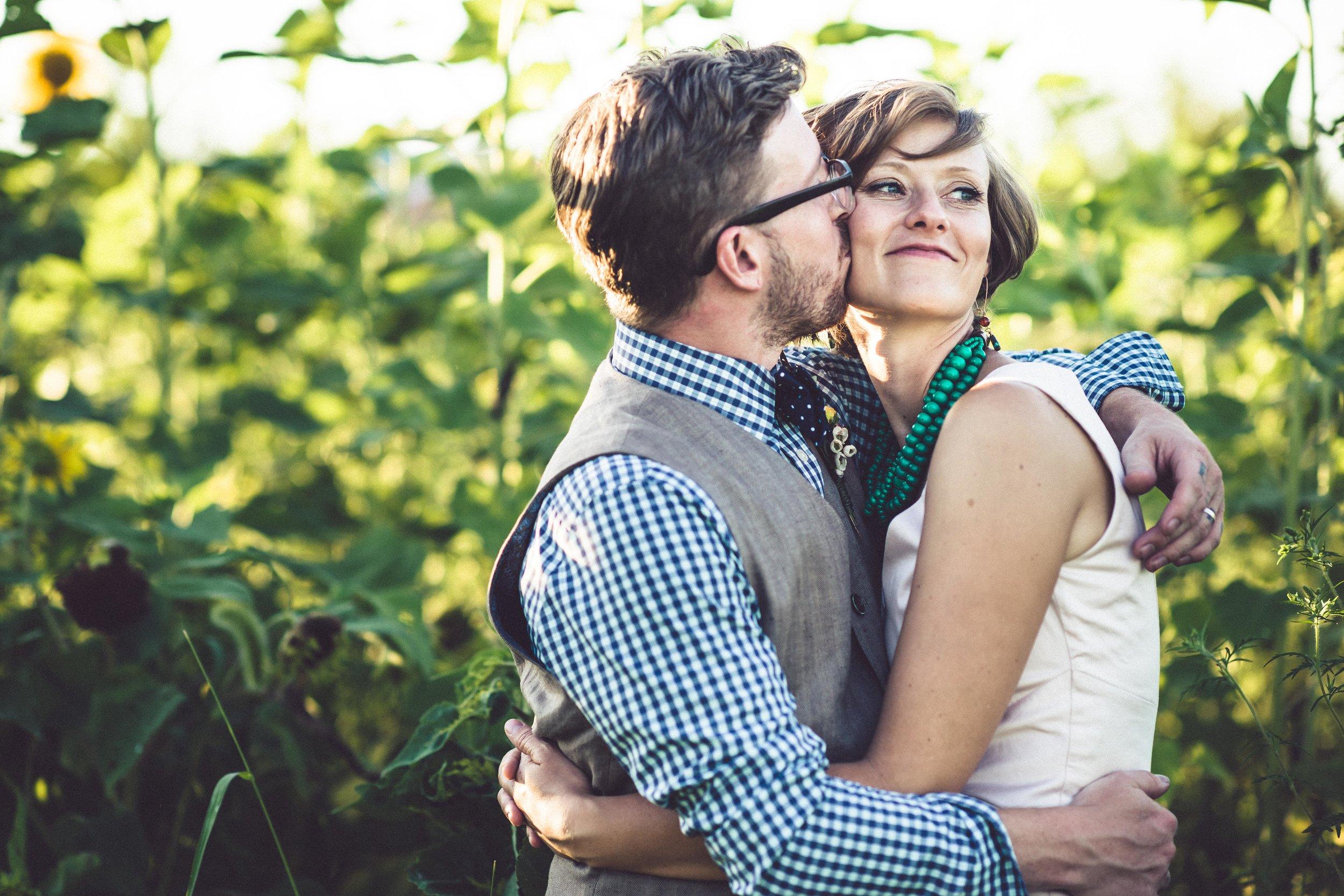 Michelle Wes Best Minnesota Barn Wedding-3334.jpg