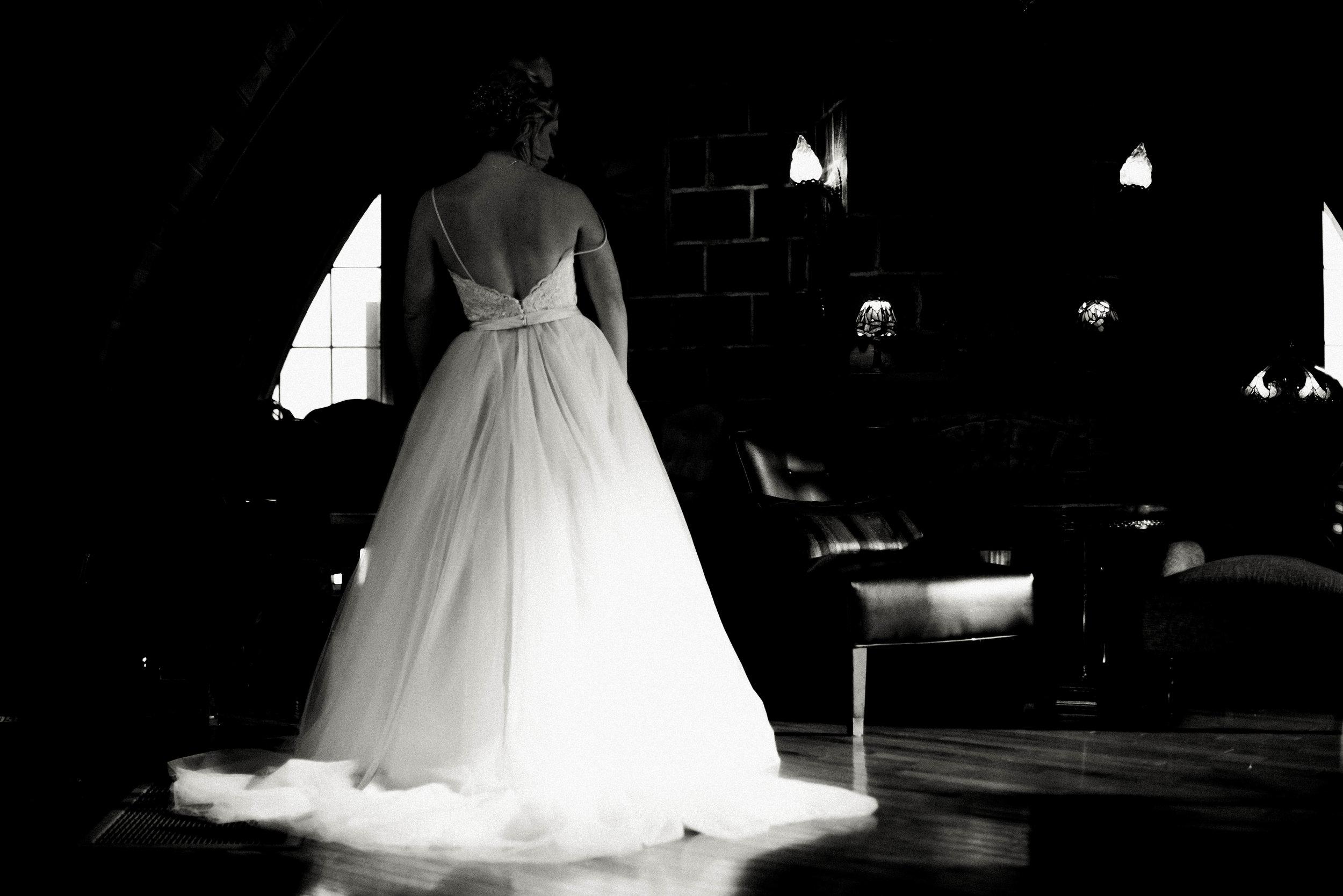 Green Acres Barn Minneapolis Minnesota Best Wedding Enagement Candid Folk Photography-4504.jpg