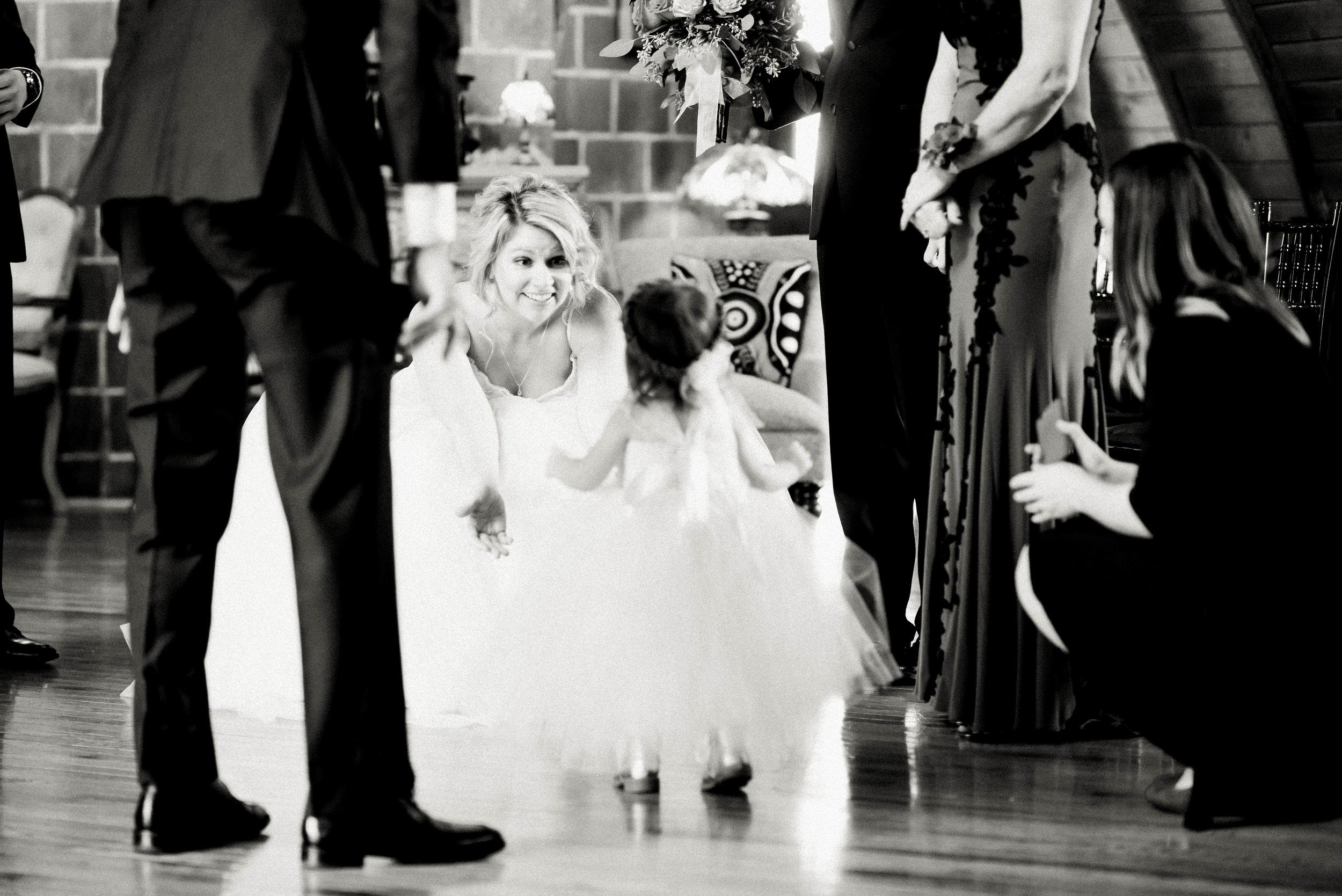 Green Acres Barn Minneapolis Minnesota Best Wedding Enagement Candid Folk Photography-4825.jpg