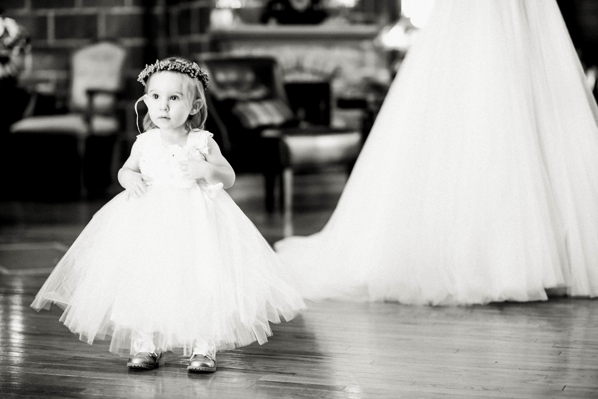 Green Acres Barn Minneapolis Minnesota Best Wedding Enagement Candid Folk Photography-4850.jpg