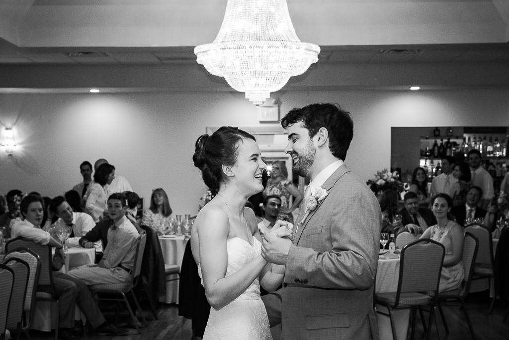 clytie-sadler-first-dance-wedding-photographer-043.jpg