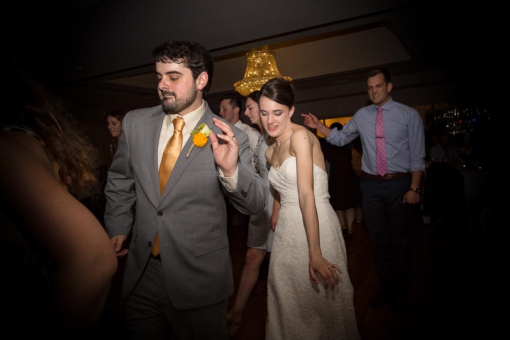clytie-sadler-photography-wedding-reception-dancing-041.jpg