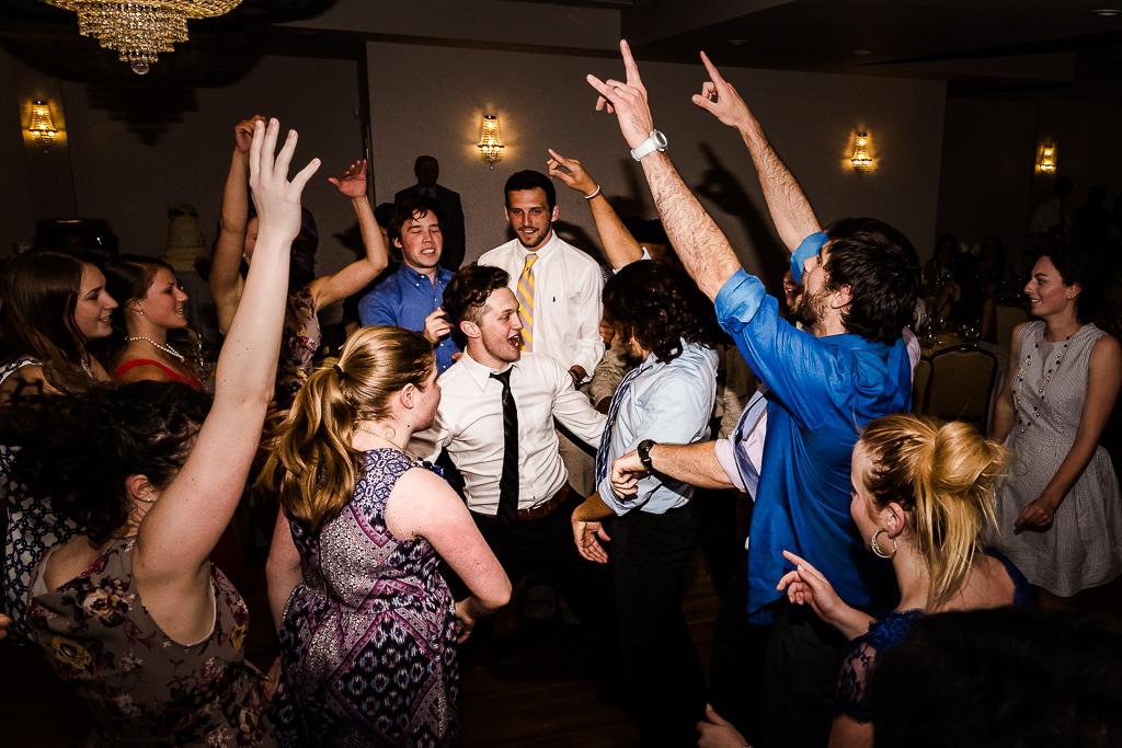 clytie-sadler-photography-wedding-reception-dancing-046.jpg