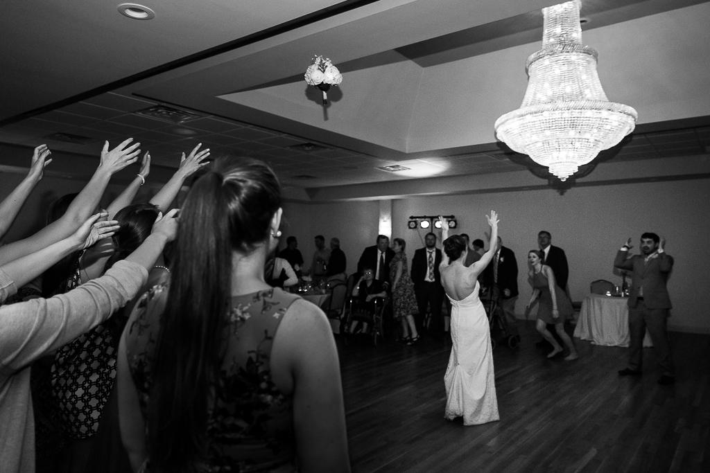 clytie-sadler-photography-wedding-reception-dancing-047.jpg