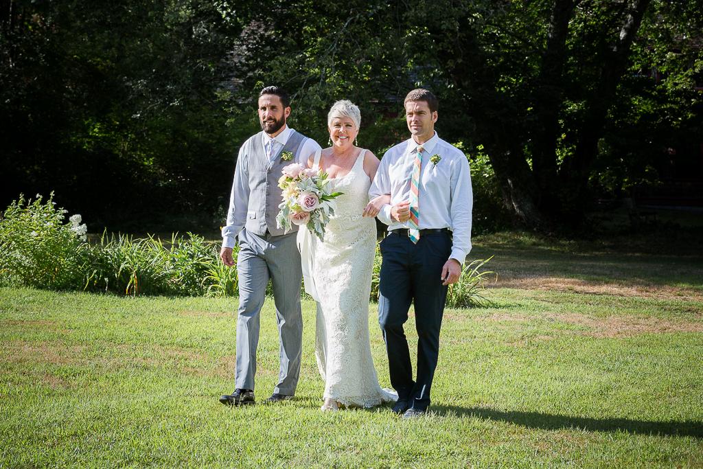 just-right-farm-wedding-photography-004a.jpg