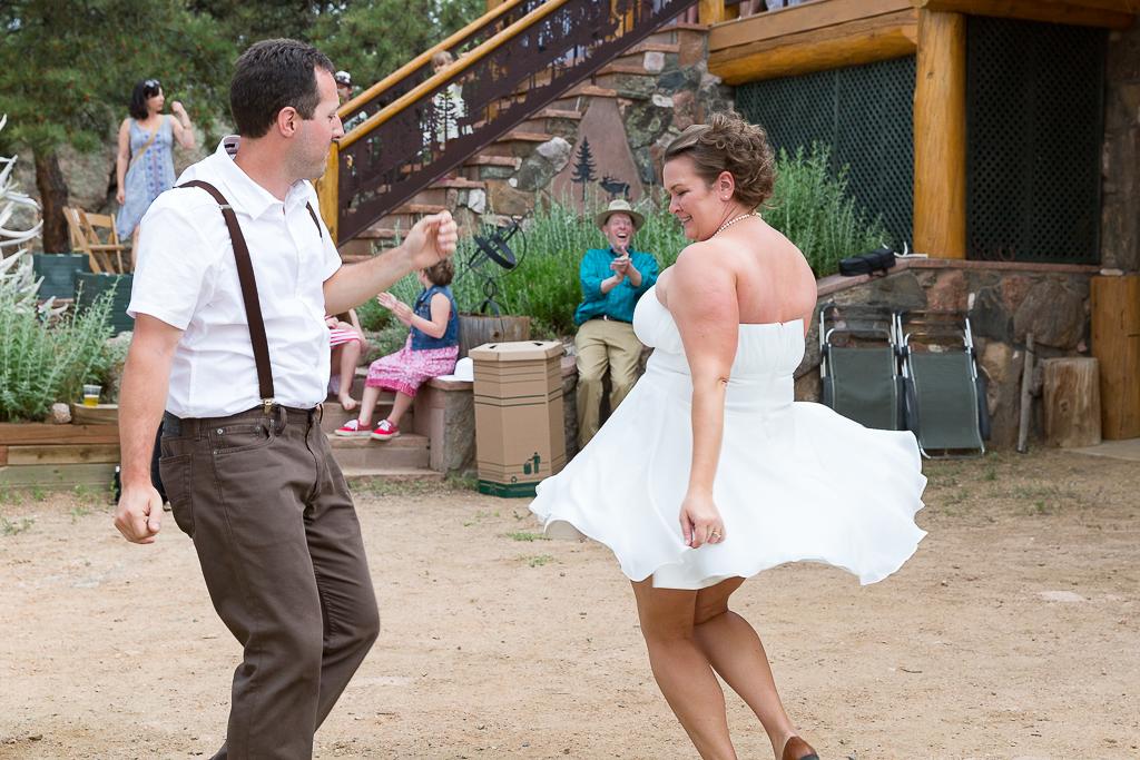 rustic-cabin-destination-wedding-colorado-093b.jpg