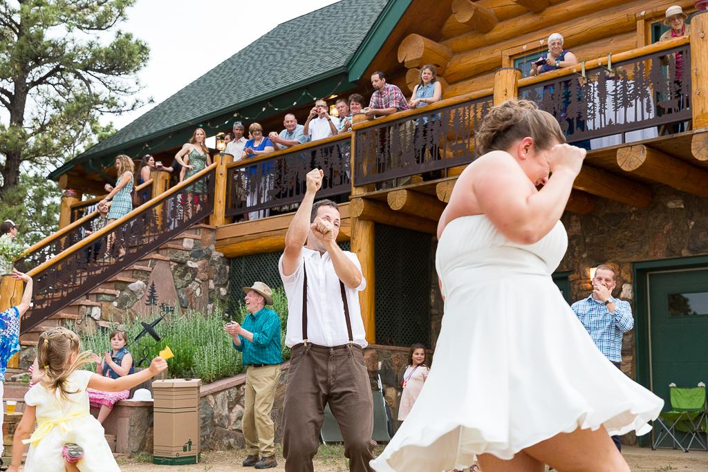 rustic-cabin-destination-wedding-colorado-094b.jpg