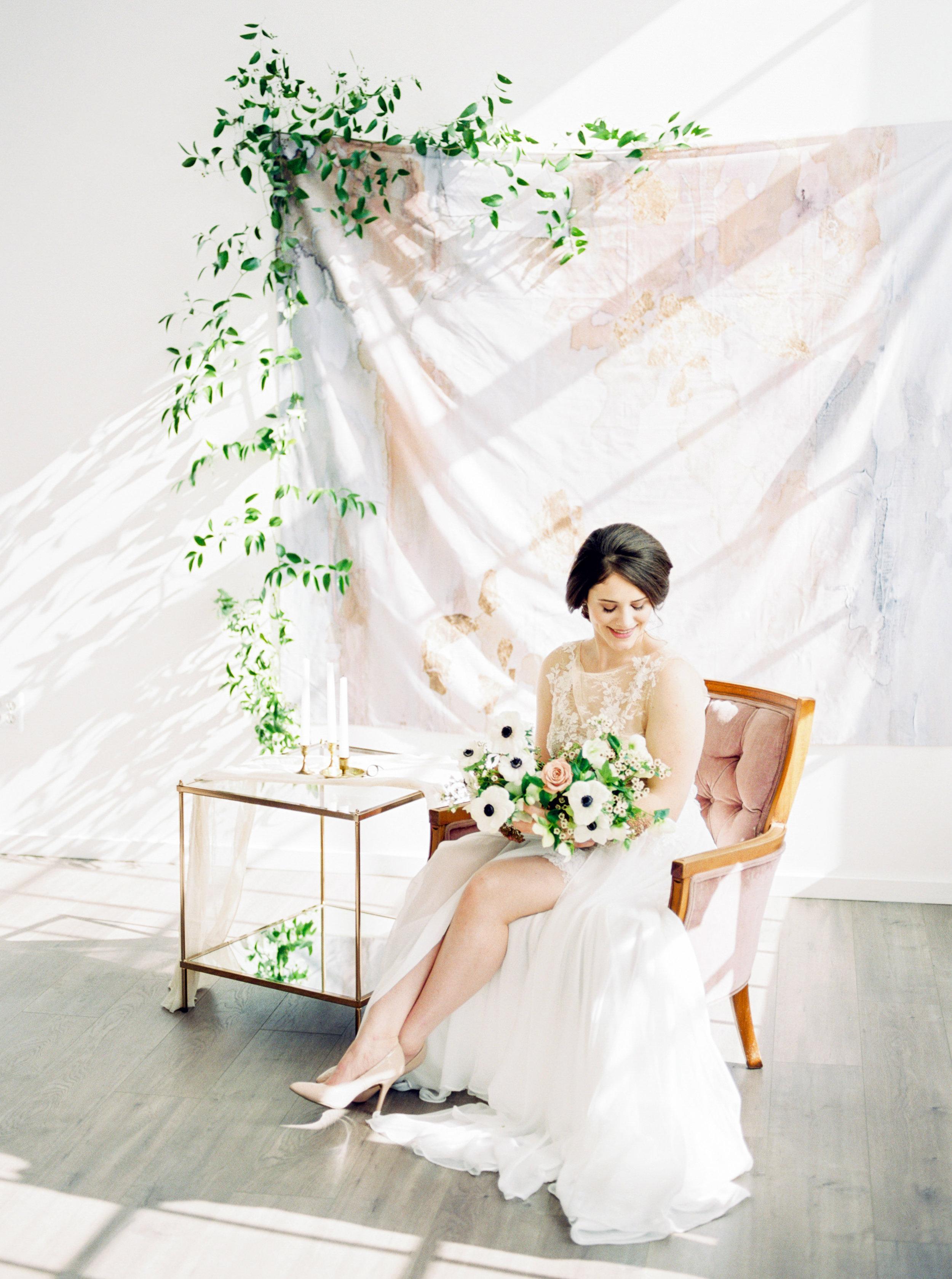 Fine_Art_Minimal_Bride_Georgia_Ruth_Photography-10.jpg