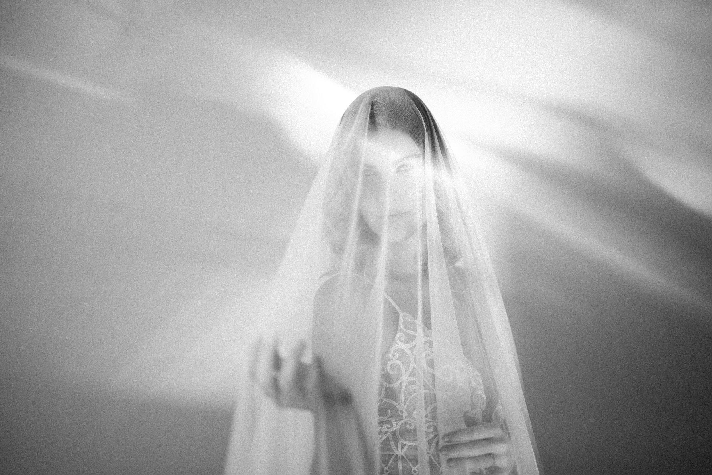 MacCoy Dean Photography -  The Light Room PDX - Merkley Artistry - Kamea Events - Glitch Films-49.jpg