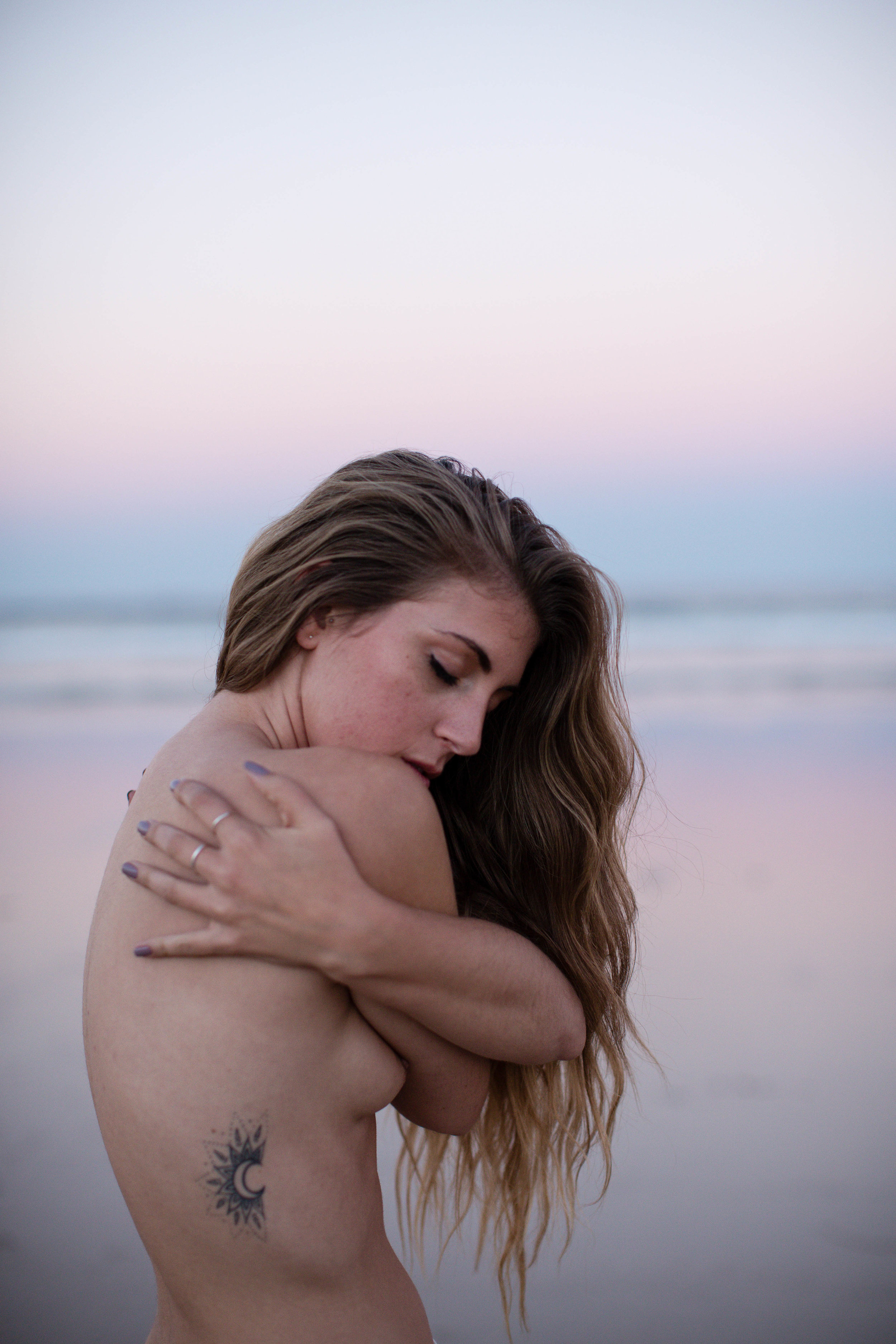 Jodi Plumbley Byron Bay Sunset Boudoir Photography.jpg