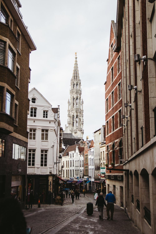 Toyosi Oyelola- Travel Guide Brussels02.jpg