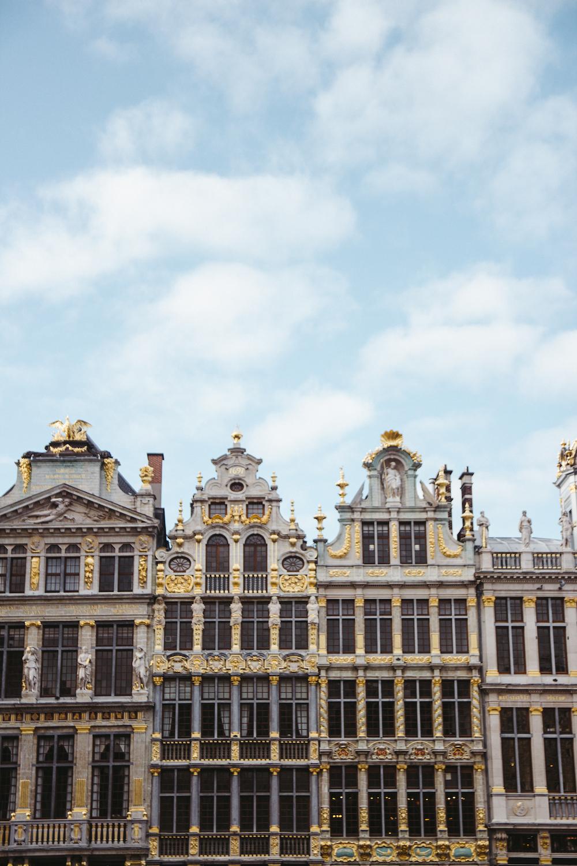 Toyosi Oyelola- Travel Guide Brussels04.jpg