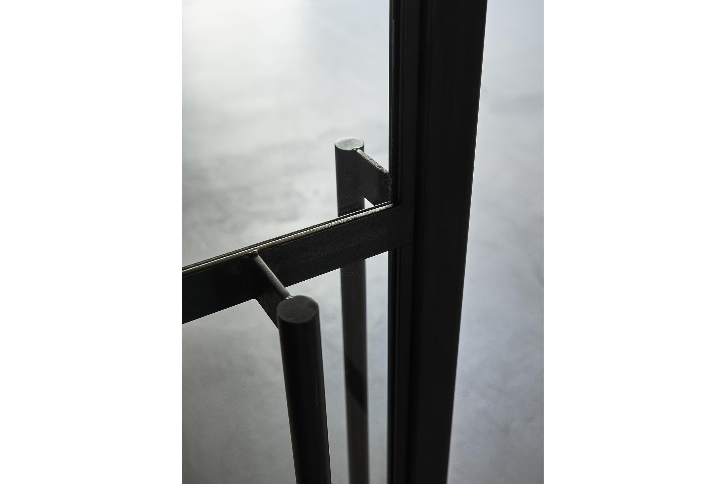 goCstudio_Substantial_corner door detail.jpg