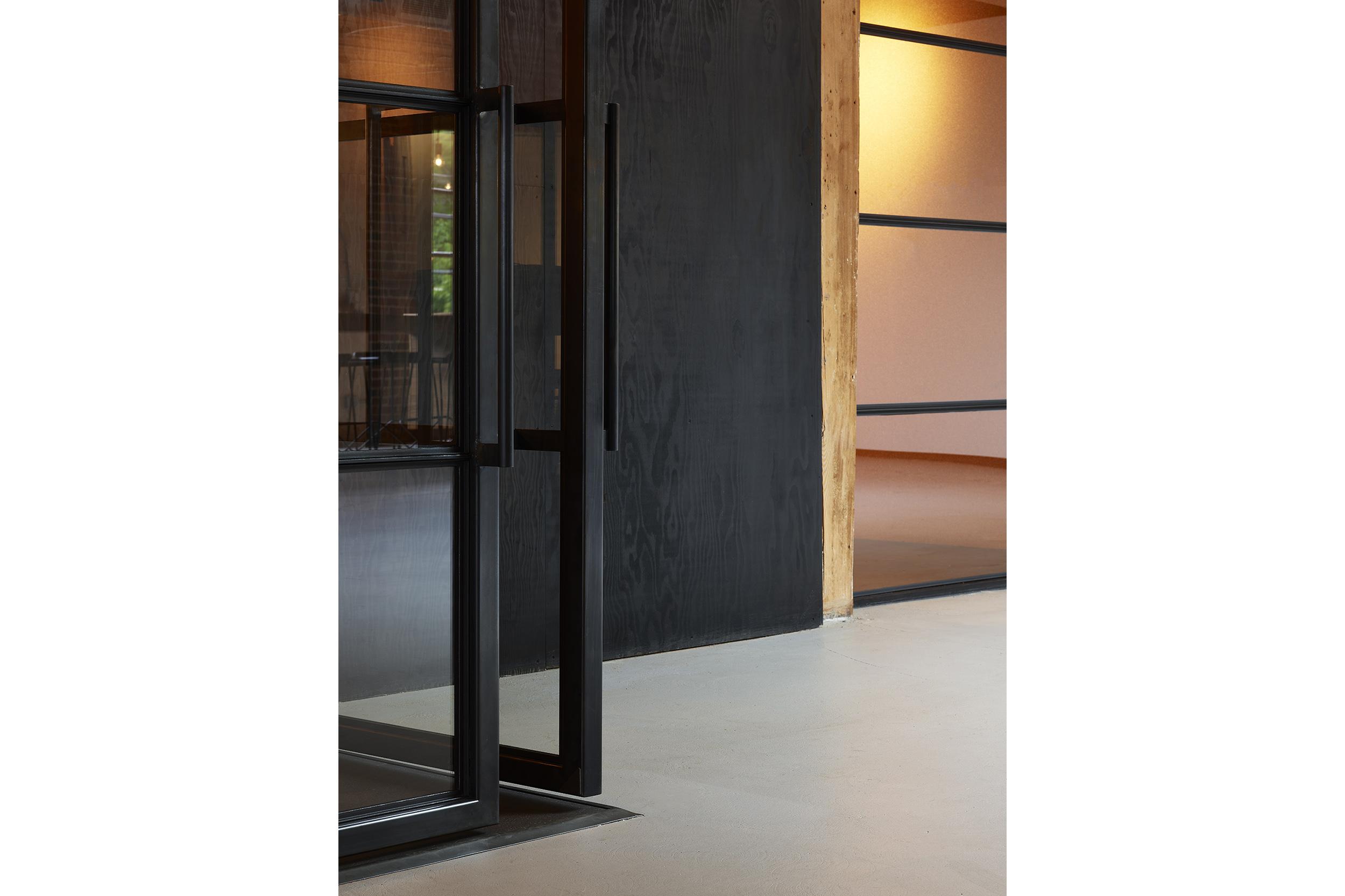 goCstudio_Substantial_door corner.jpg