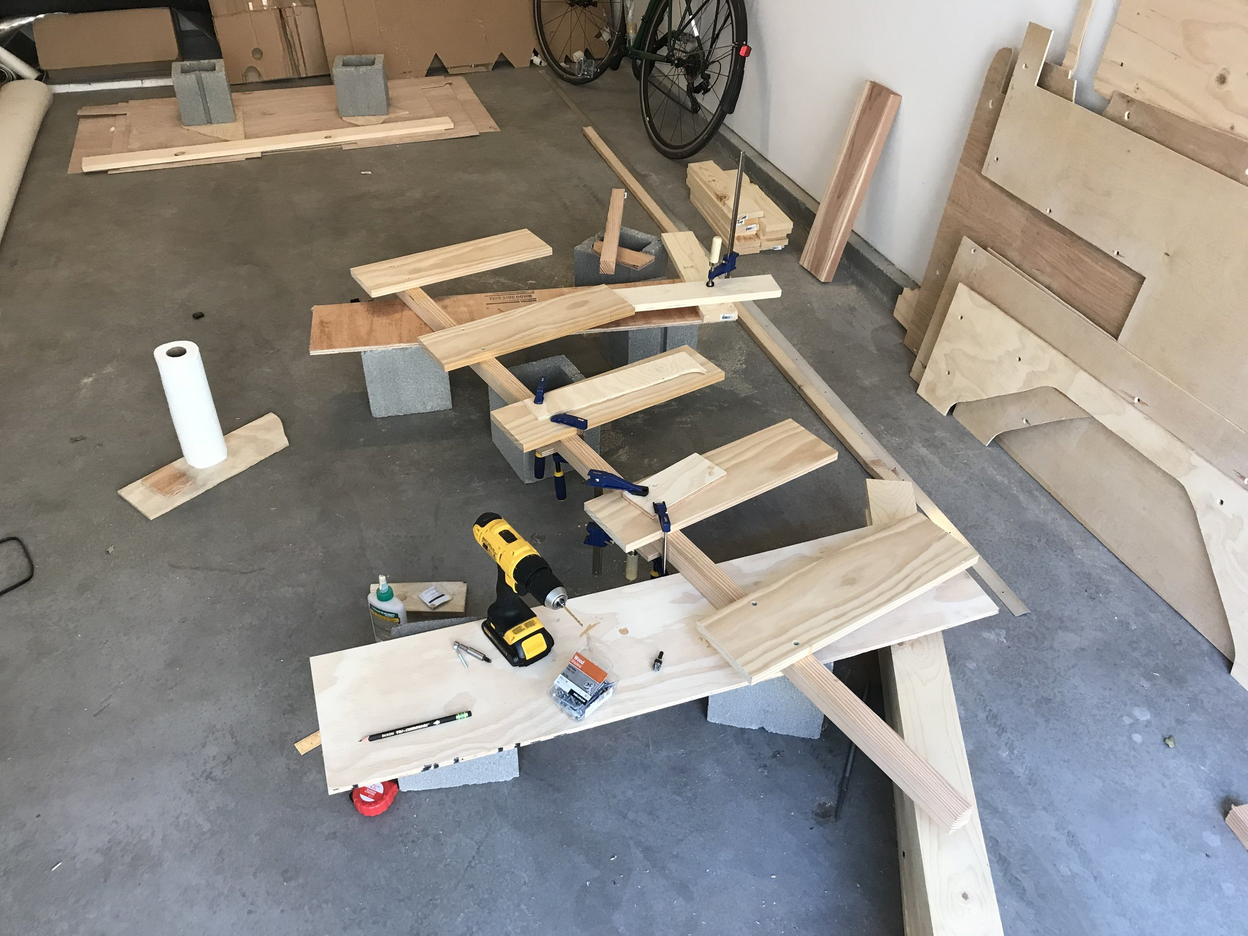 Free-standing support rail under construction