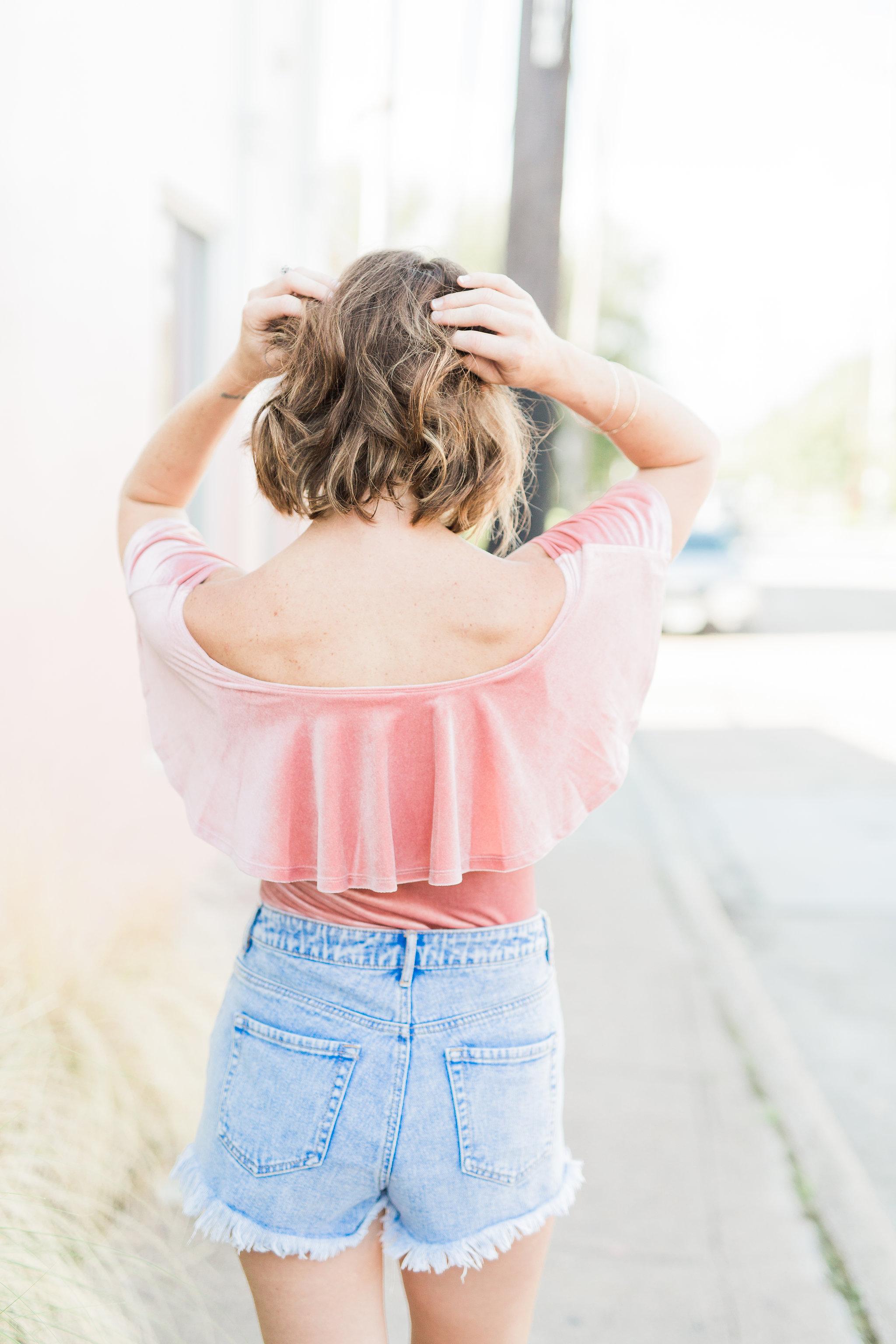 hey jode, style, fashion, pink bodysuit, summer look