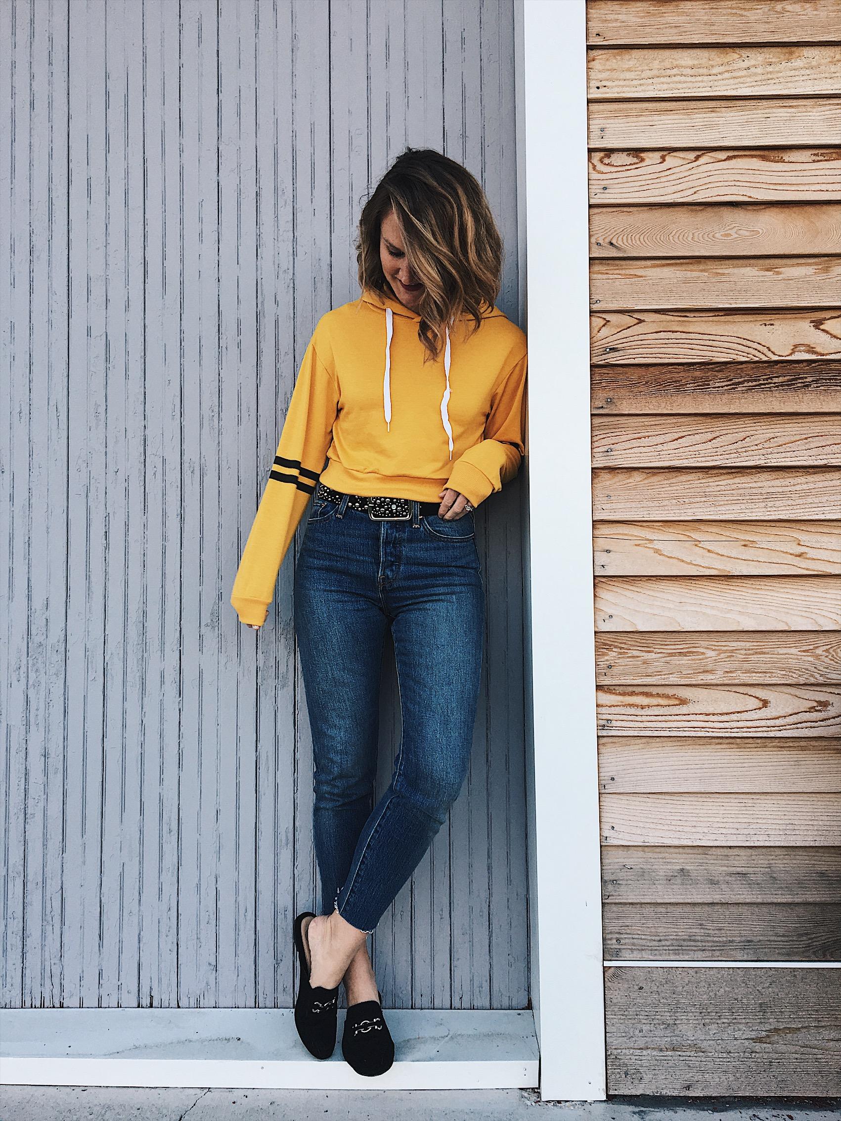cropped sweatshirt | style | lifestyle | hey jode
