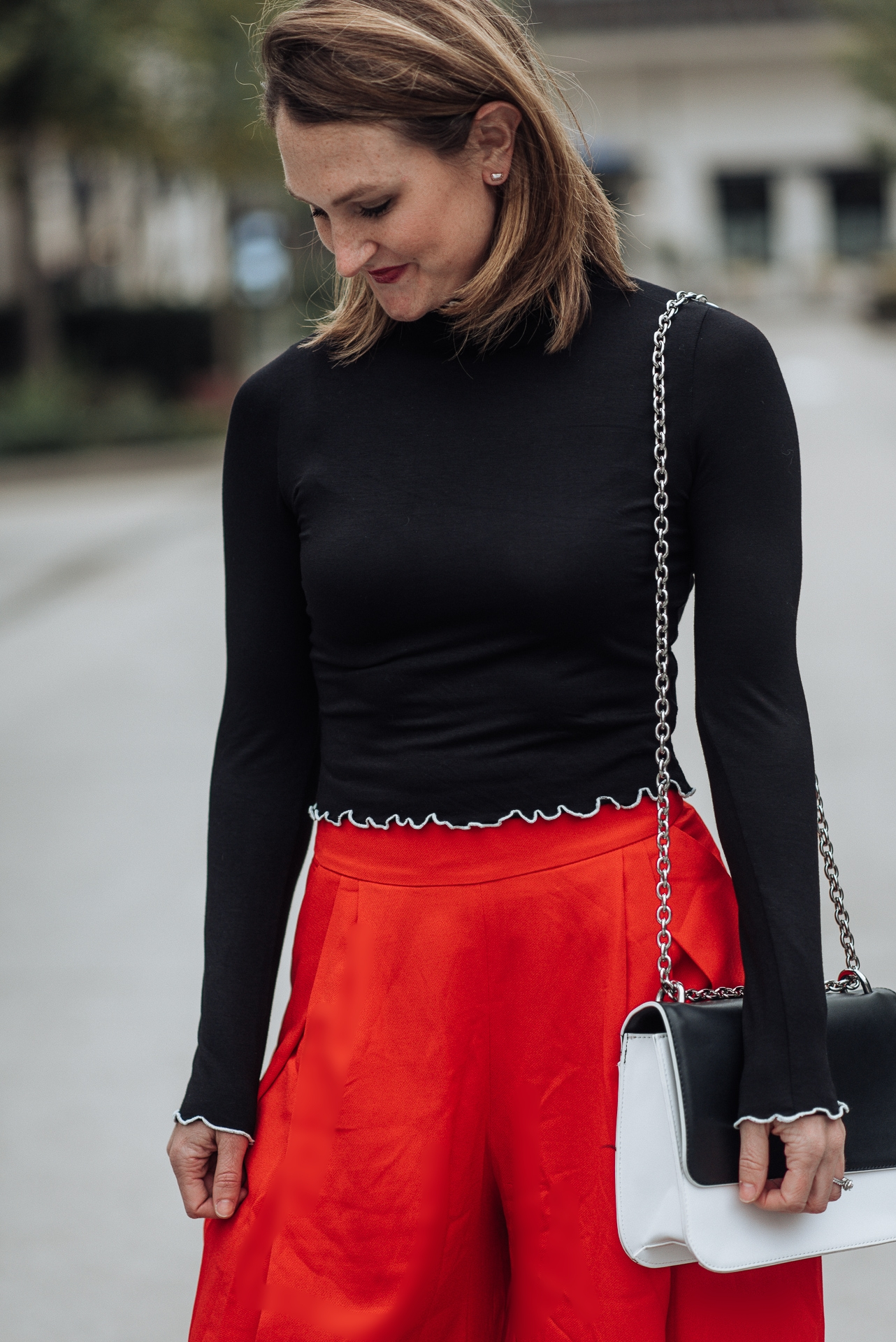 red wide leg pants; how to style wide leg pants