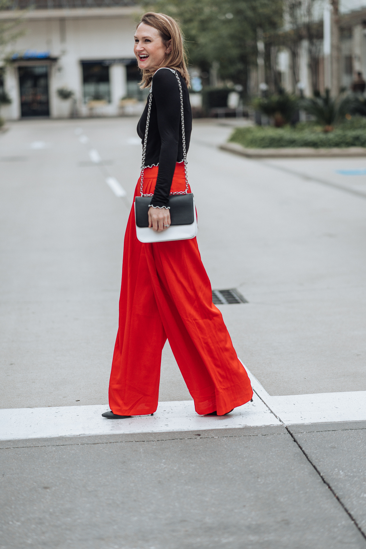 wide leg pants; how to style wide leg pants