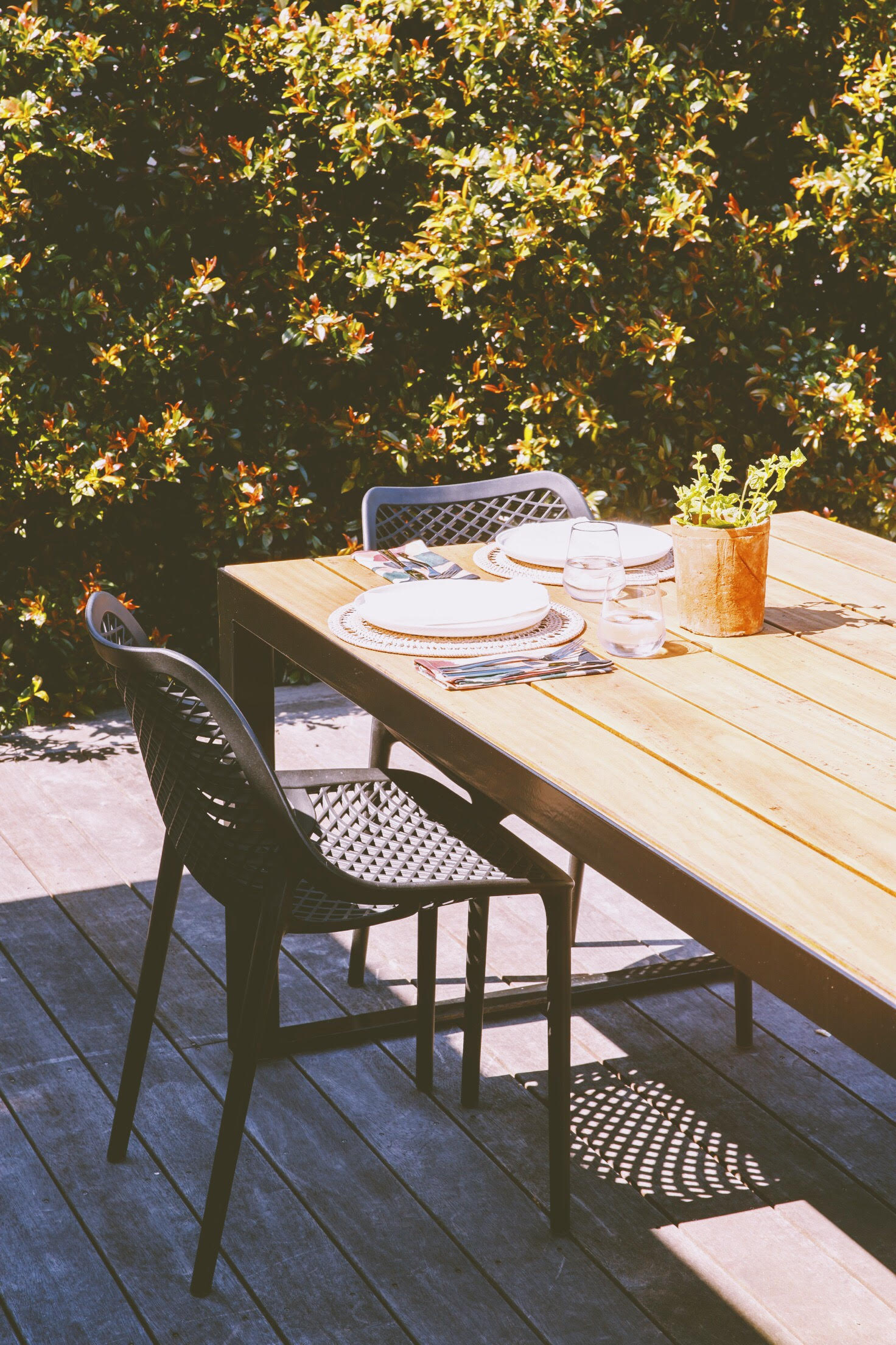 outdoor dining decor