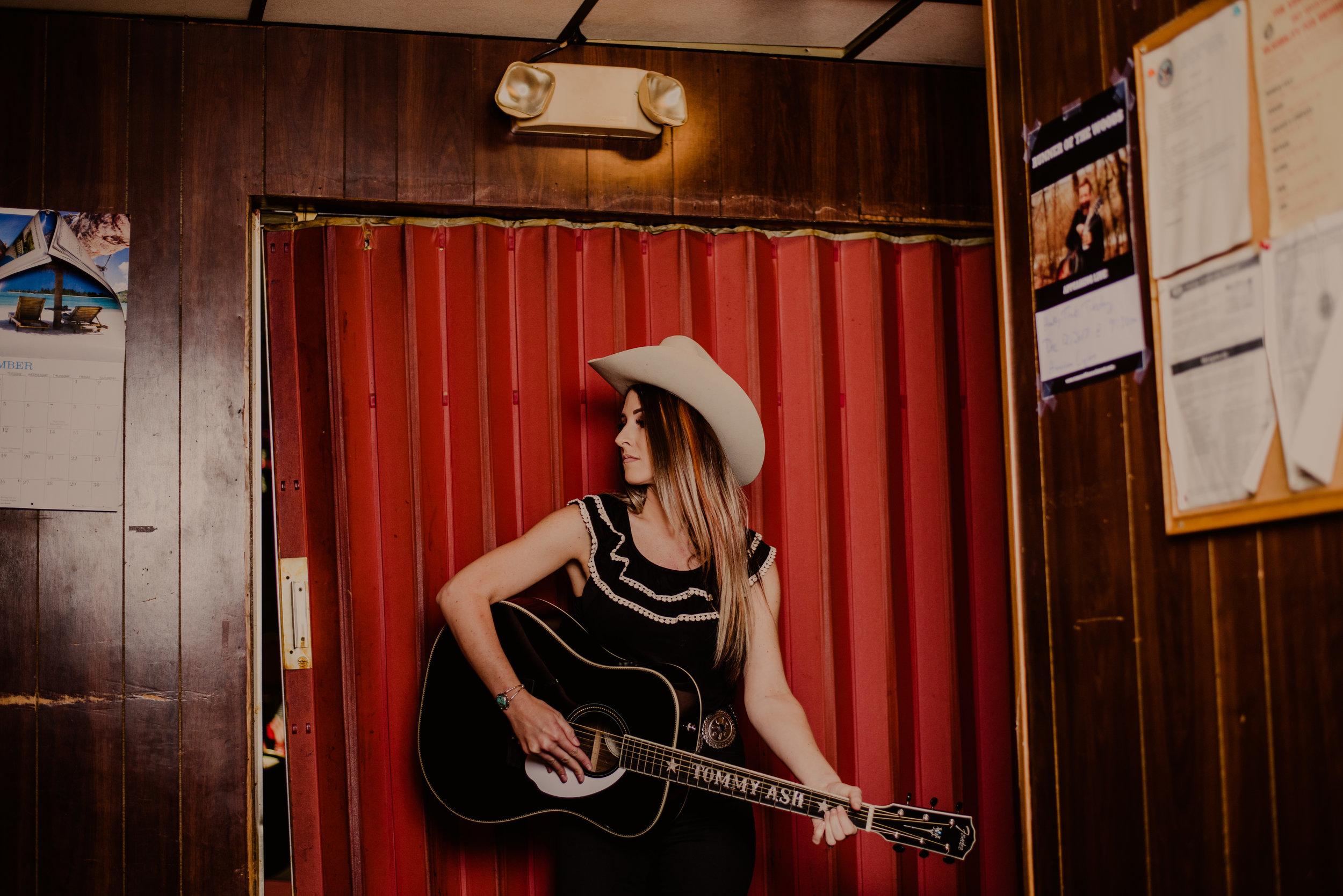 Tommy Ash Nashville Country Honky Tonk Music.jpg