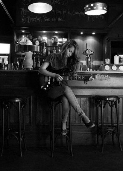 Leah Mason Press Shot -Kate Swerdlow.jpg