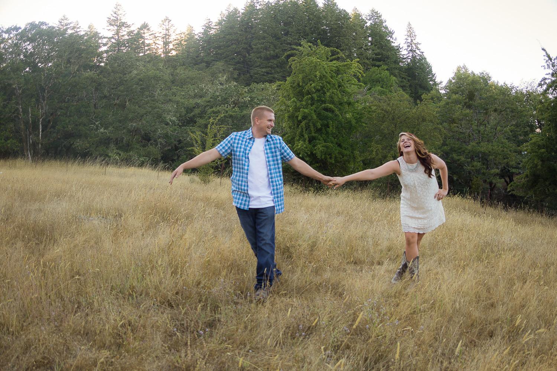 Thomas&Jessika-RanchEngagementSession-HumboldtCounty-Parky'sPics-3.jpg