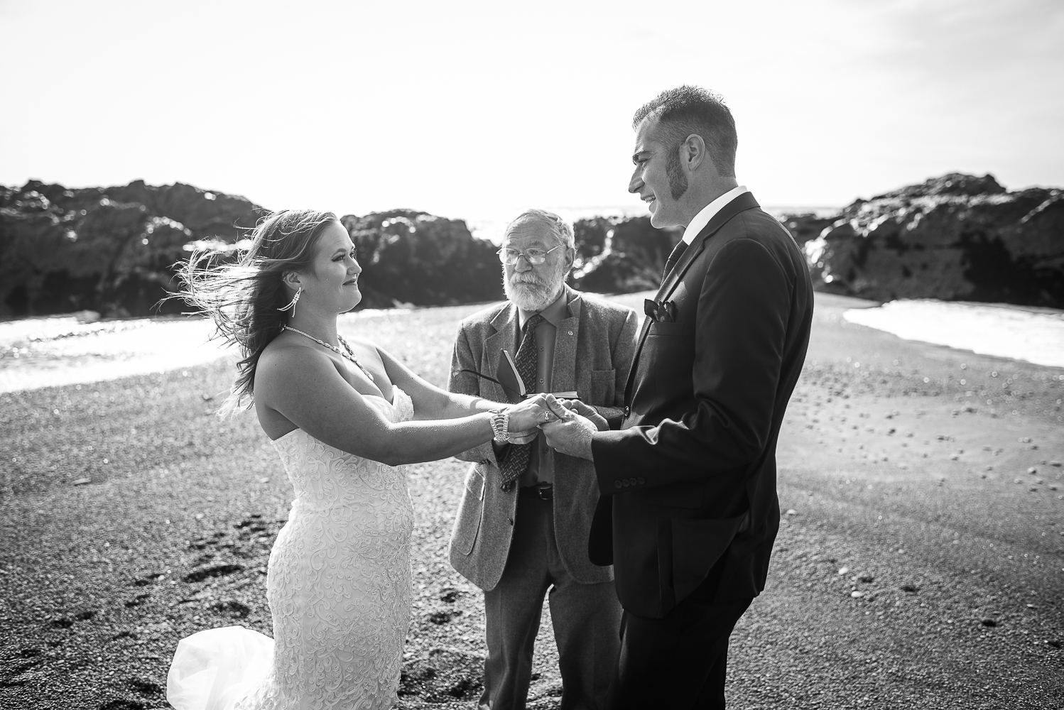 Shelter Cove-Intimate Destination beach Wedding-Parky's Pics Photography-Humboldt County_-7.jpg