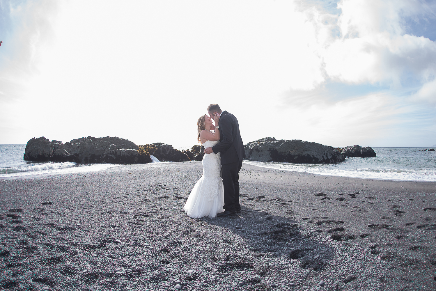 Shelter Cove-Intimate Destination beach Wedding-Parky's Pics Photography-Humboldt County_-16.jpg