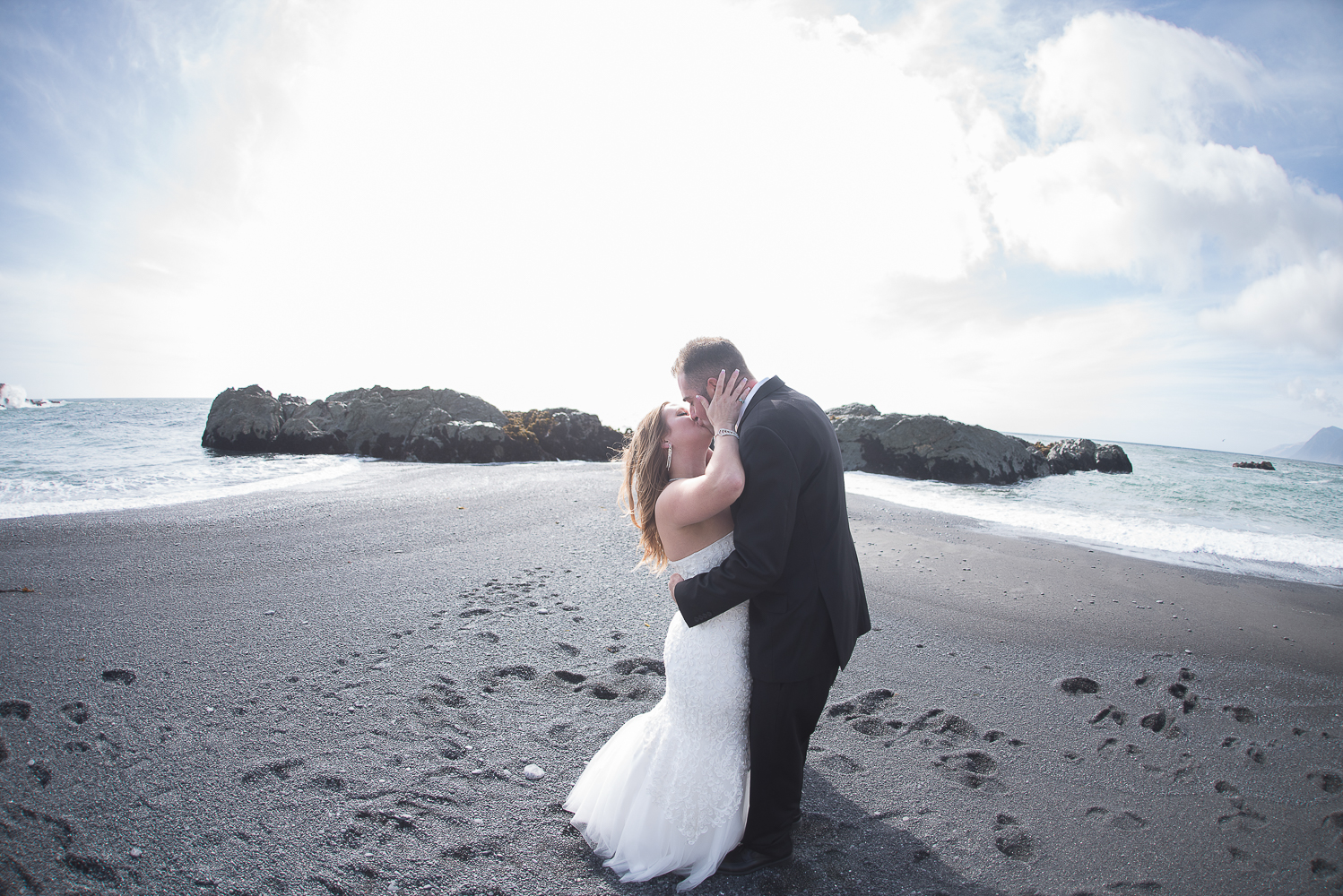 Shelter Cove-Intimate Destination beach Wedding-Parky's Pics Photography-Humboldt County_-18.jpg
