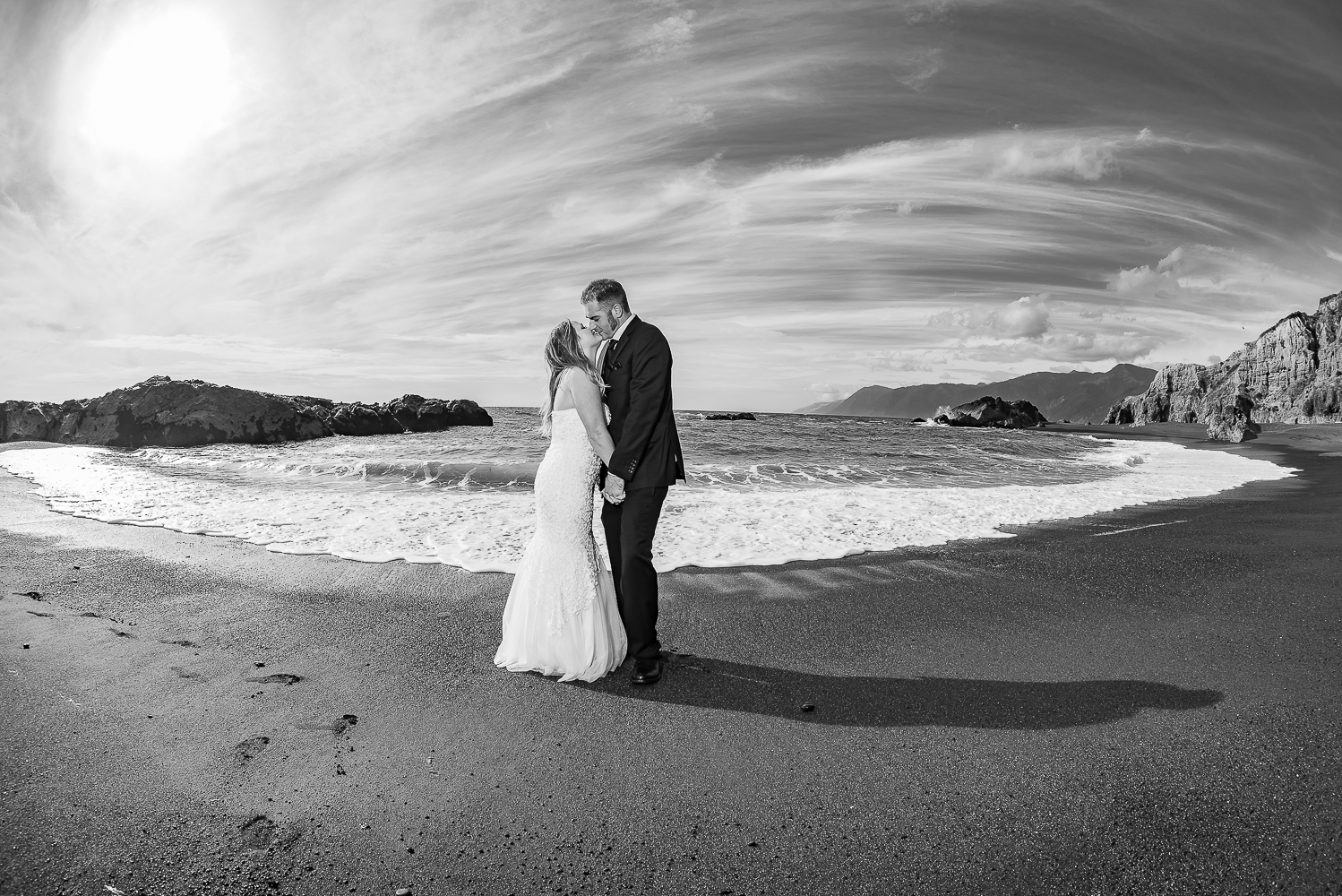 Shelter Cove-Intimate Destination beach Wedding-Parky's Pics Photography-Humboldt County_-33.jpg